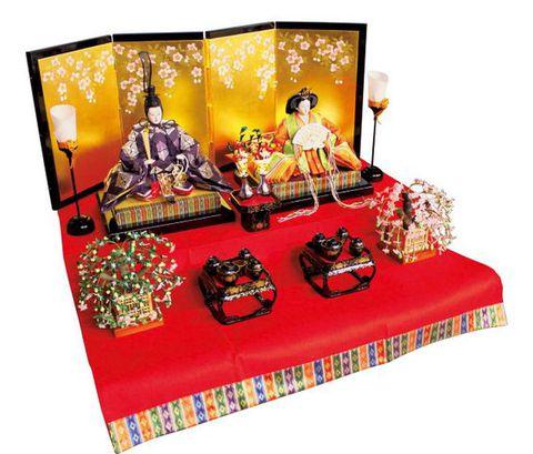 プロが教える、お雛飾りの色々・第4回 ~2段飾り・お雛さま選びをサポートします~