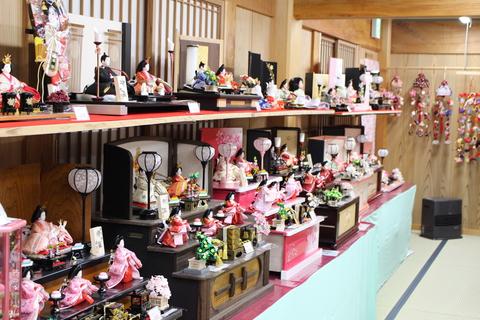 3段飾り と 手のひらサイズ 雛人形 コーナー 新設しました 豊田 安城 西尾からもお越しください
