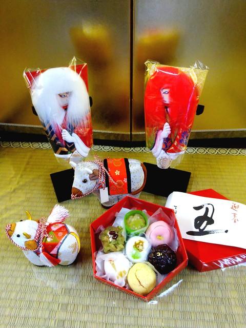 小野玉川堂 × あおう人形 異業の取り扱い商品をならべ、写真で紹介するコラボ企画第5弾