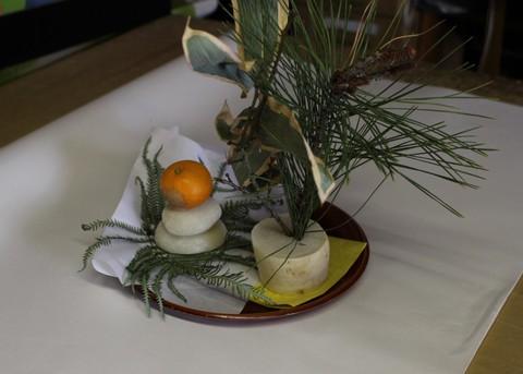 正月飾り 雛工房にて 昔から粟生家代々飾りです