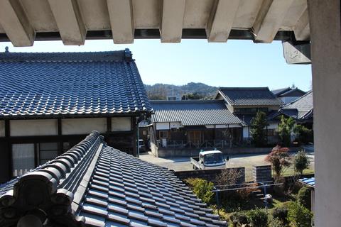 ノスタルジックな景色。藤川宿の雛人形工房から見える景色です。