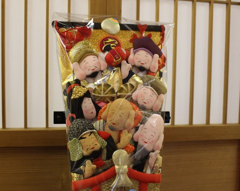 開運 七福神 縁起が良い! 趣味羽子板になります、節句人形店の七福神