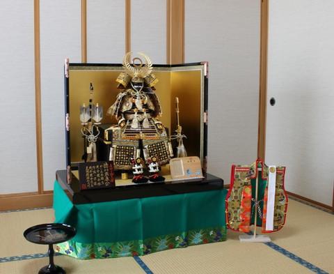 鎧飾り(徳川家康) をお客様宅に、素敵に飾れました♪