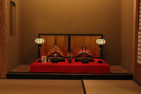 有職ひな ~床の間飾り~ 本格的、お膳飾り 作り手としてうれしく思います。